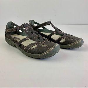 JBU Jamba Sandals 7 M Gray Flat Adjustable Cut Out